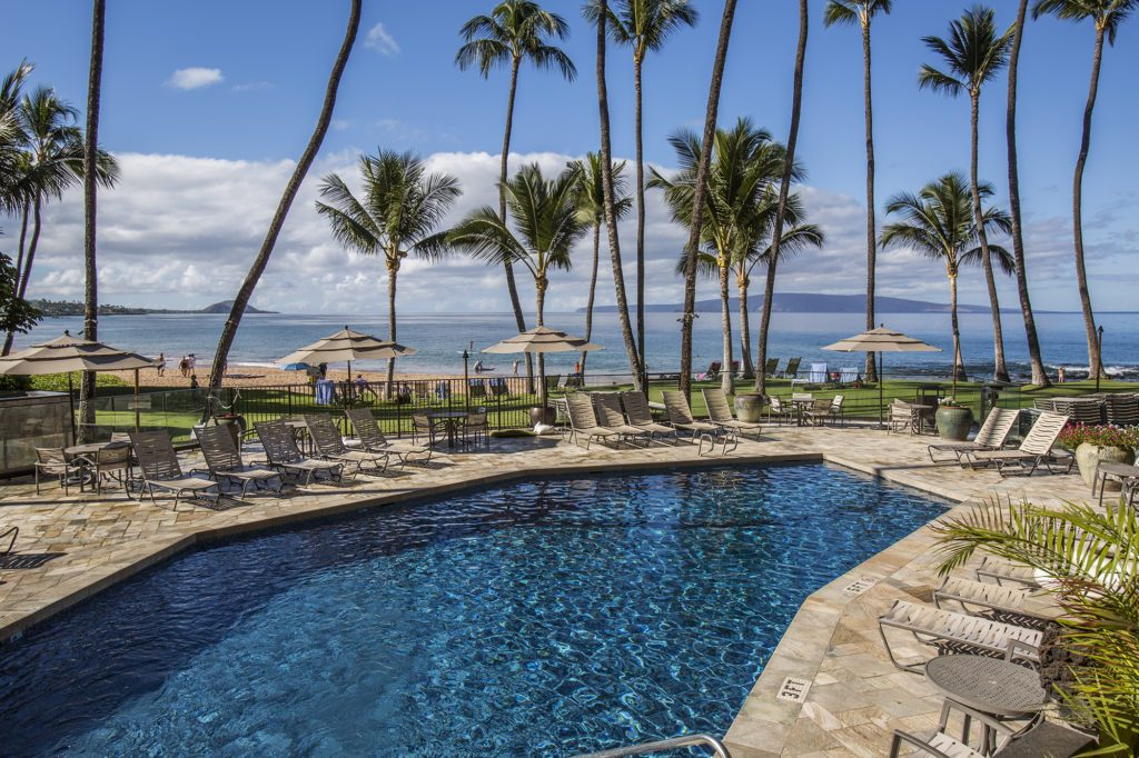 The Mana Kai's Ocean Front Pool